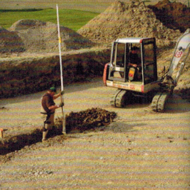 12_Rohrgraben für Verlegung Regenwasser